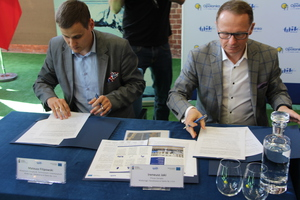 Galeria Podpisanie umowy z WTE 0419